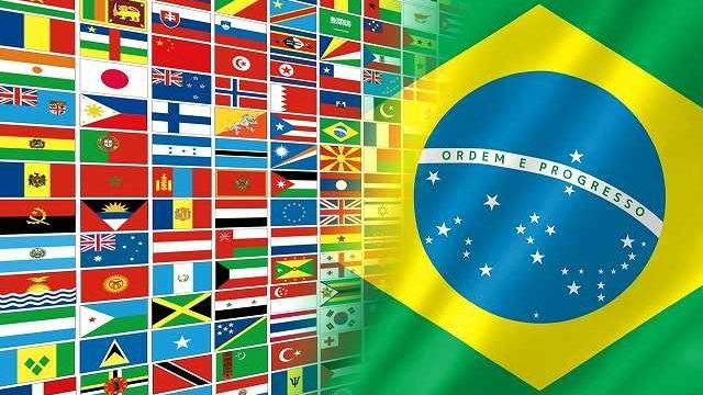 ブラジル国旗と世界