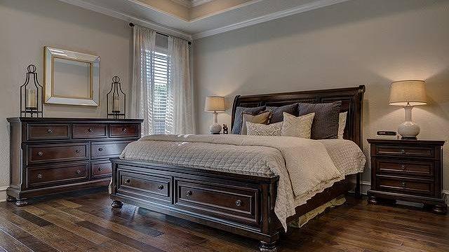 s-bedroom-02112